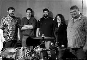 Barbara Healy & Groove Too Band (press photo)