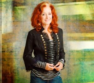 Bonnie Raitt (press photo)