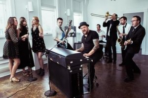 Josh Hoyer and the Shadowboxers - press photo