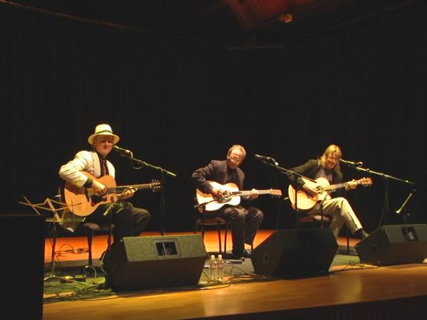 Acoustic Guitar Summit